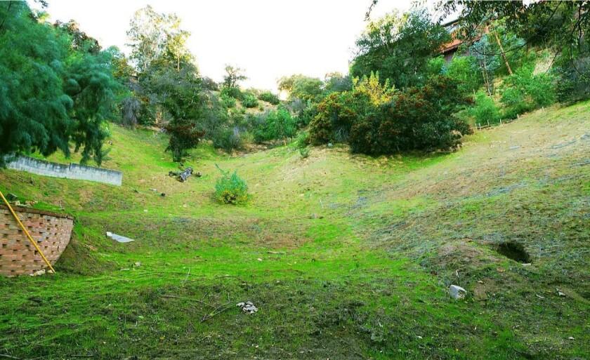 4617 Ensenada Drive, Woodland Hills, CA 91364
