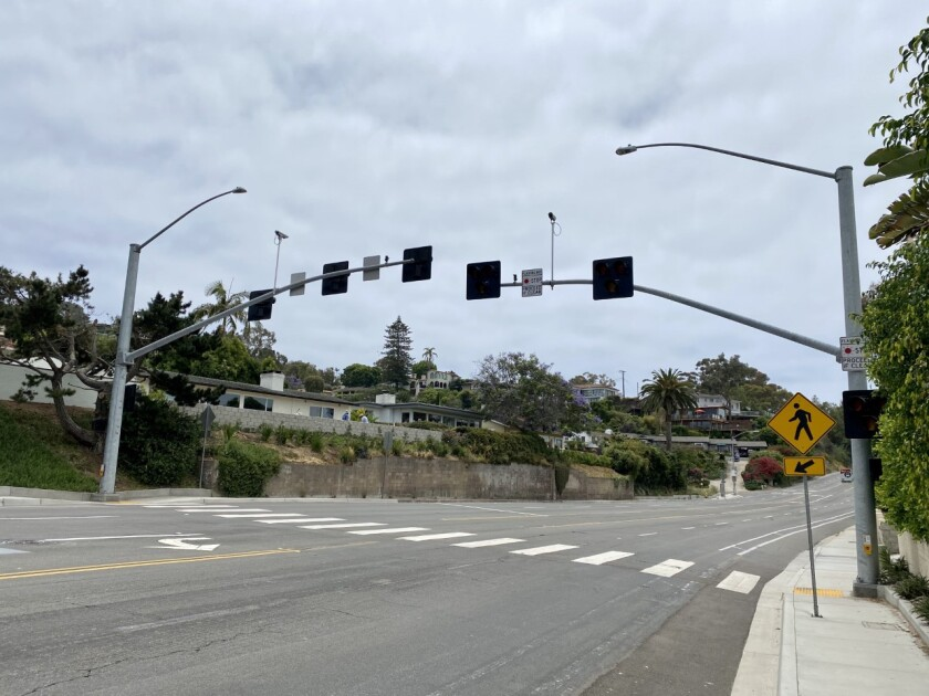 A new HAWK beacon similar to this one on Torrey Pines Road near Princess Street is to be installed at 2552 Torrey Pines.