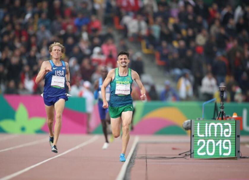 Ederson Vilela Pereira de Brasil gana oro en 10000m masculino este viernes durante los Juegos Panamericanos Lima 2019, en Lima (Perú). EFE/Orlando Barría