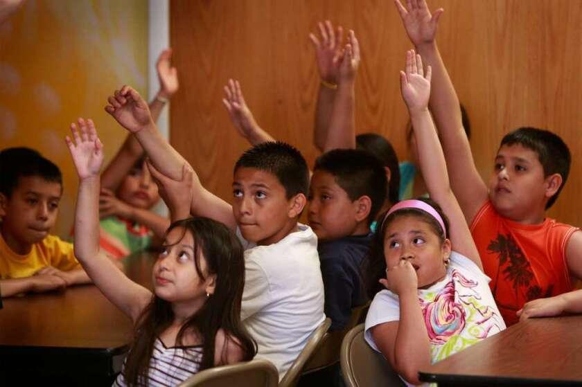Los estudiantes que no están leyendo a su nivel para cuando cursan el tercer grado, son estadísticamente más propensos a abandonar la preparatoria.