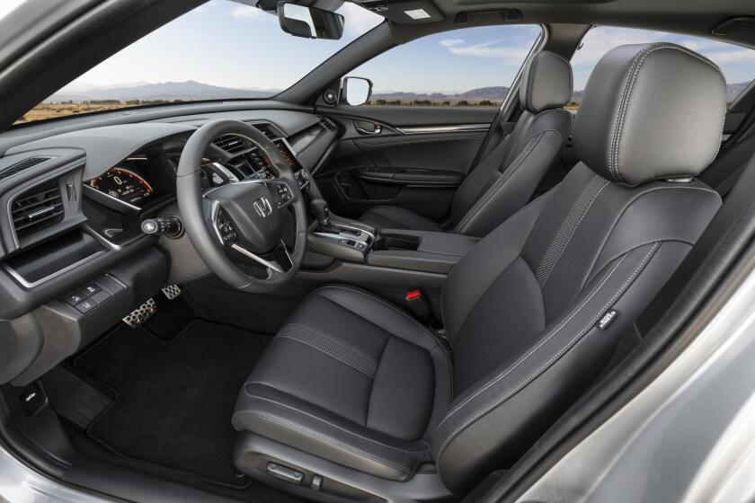 2020 Honda Civic Hatchback Sport Touring 054.jpg