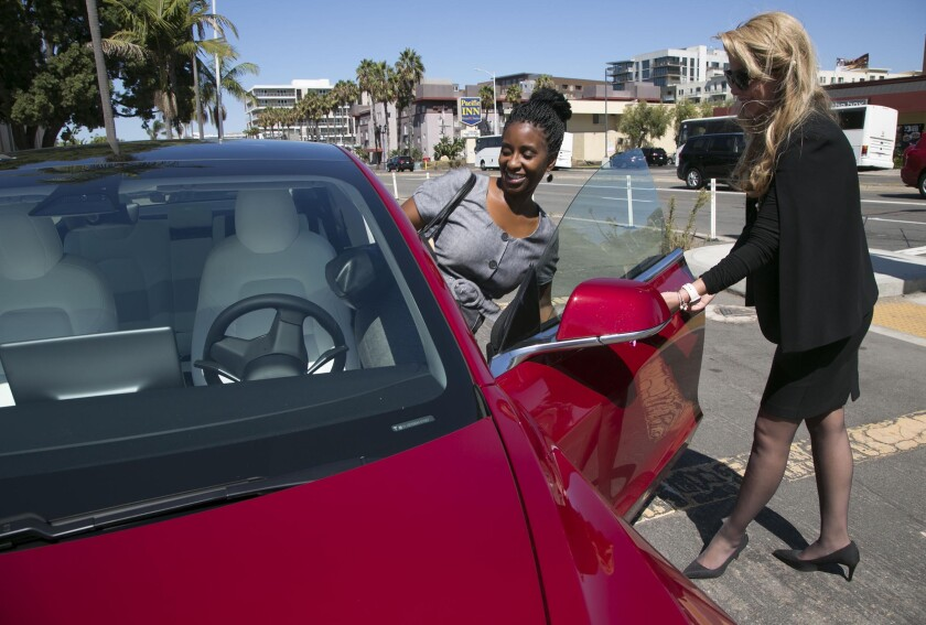 Letters to the Editor: Why a $32-million tax break for electric car drivers is worth it