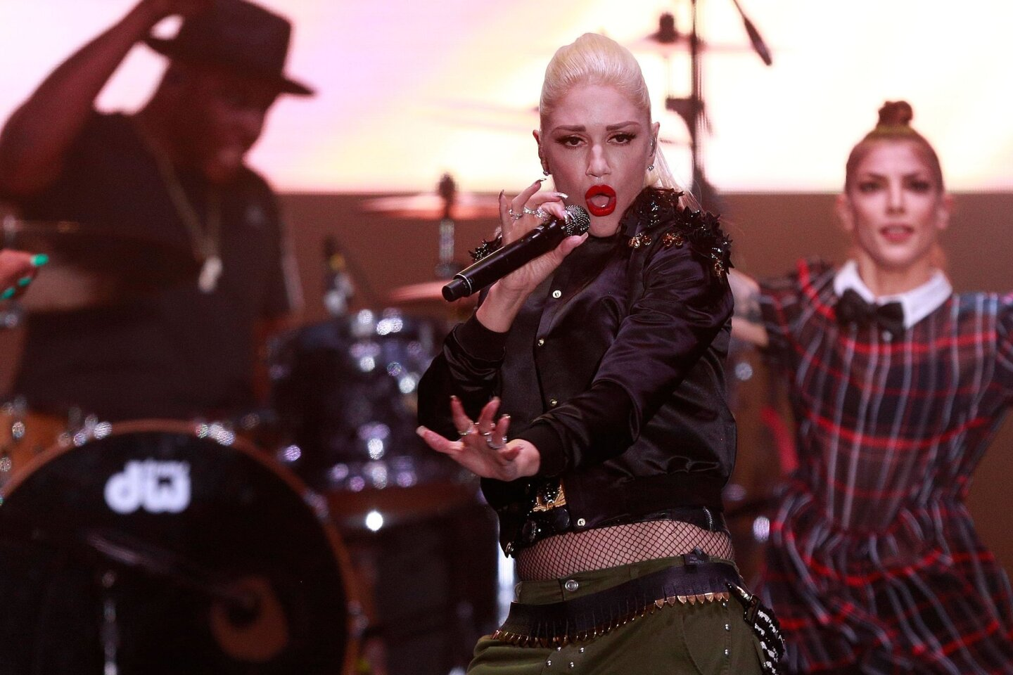 Gwen Stefani performs All-Star game concert series