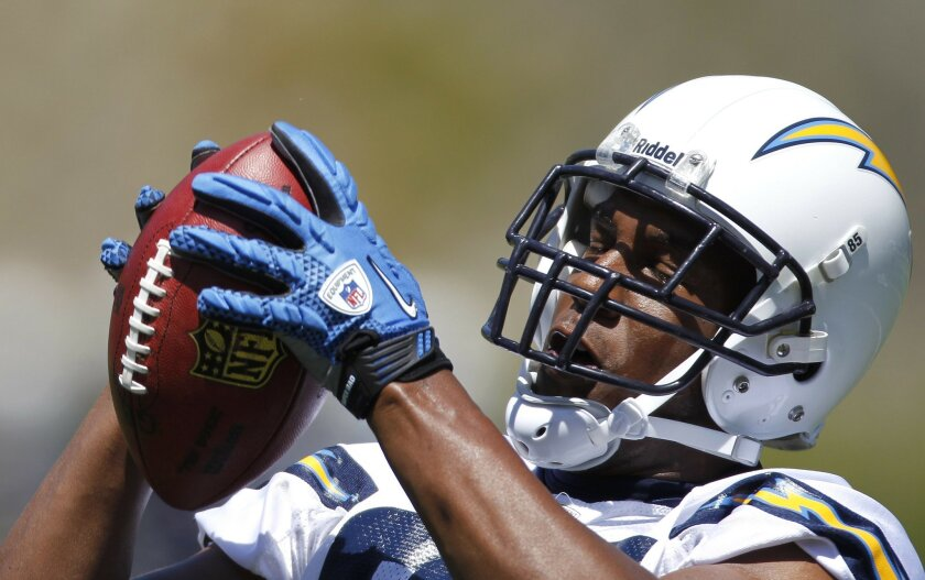 Tight end Antonio Gates catches a Rivers pass during Chargers OTA's at Charger Park.