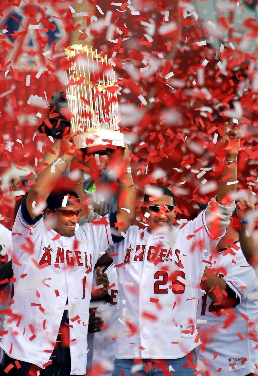 Confetti showers World Series Champion Anaheim Ang