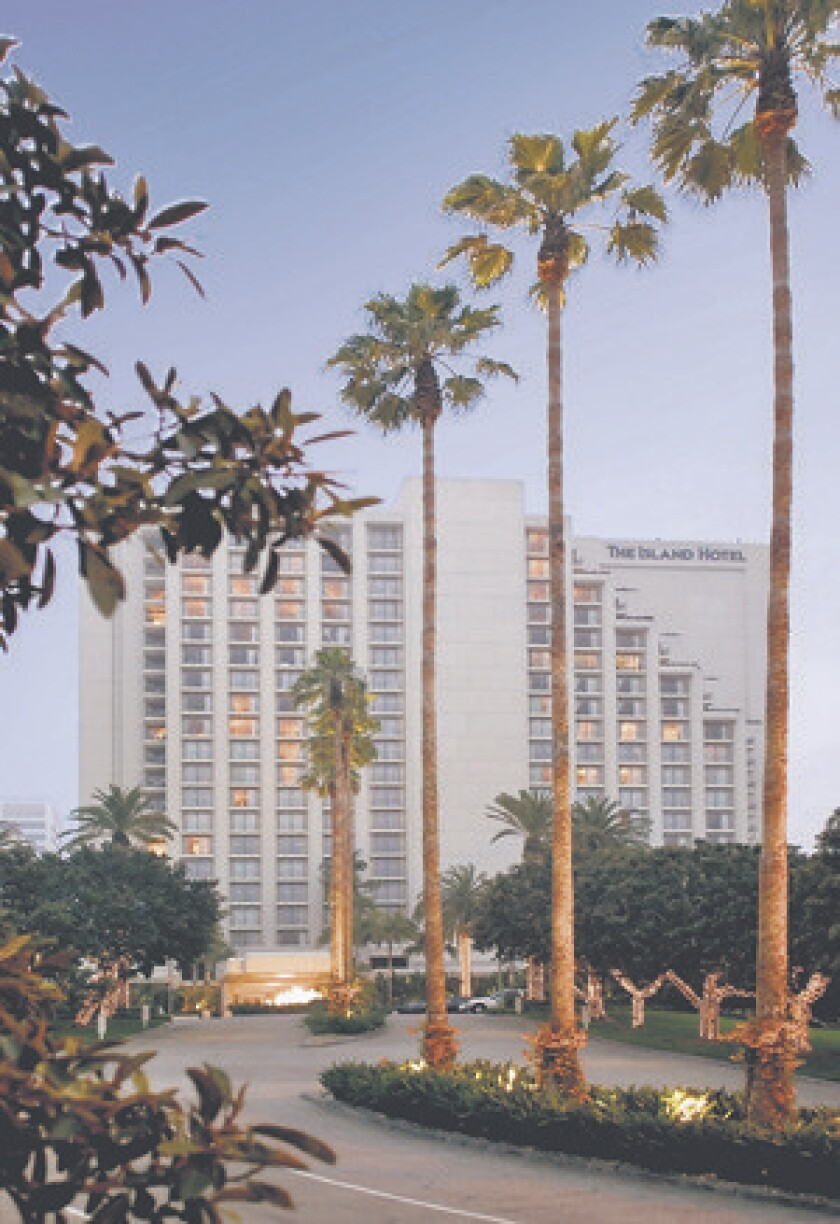Newport Beach police took hotel freebies for favors, lawsuit claims