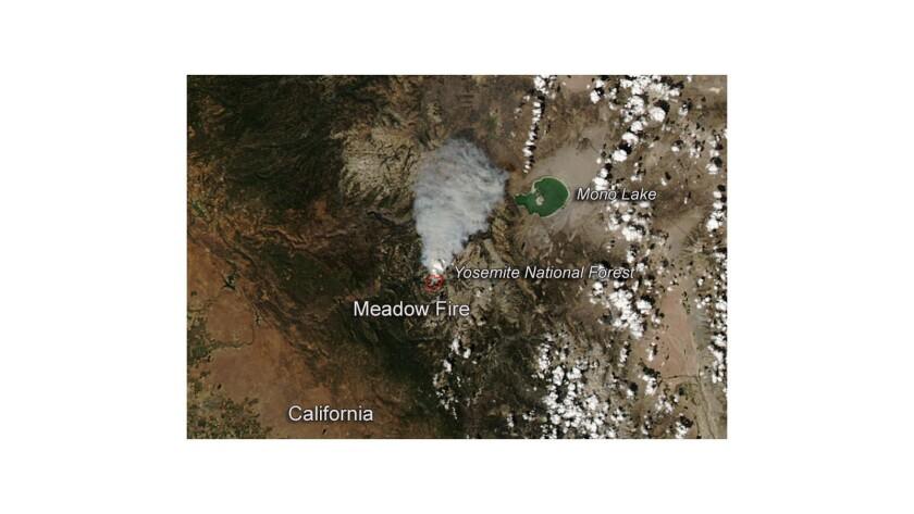Yosemite smoke plume