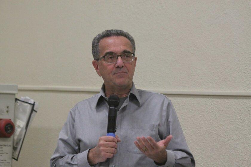 La Jolla Community Planning Association trustee and Community Planners Committee president Joe LaCava at the Jan. 7 meeting