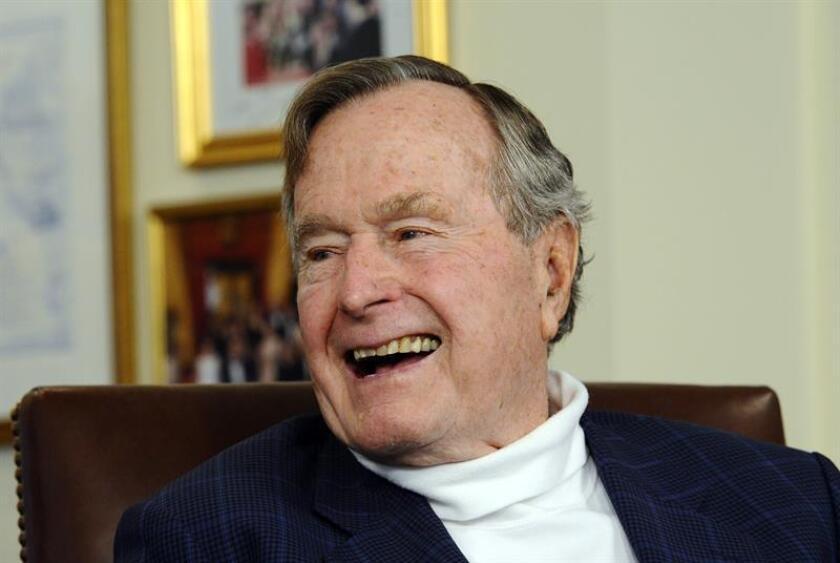 En la imagen, el expresidente de EE.UU. George H.W. Bush (1989-1993). EFE/Archivo