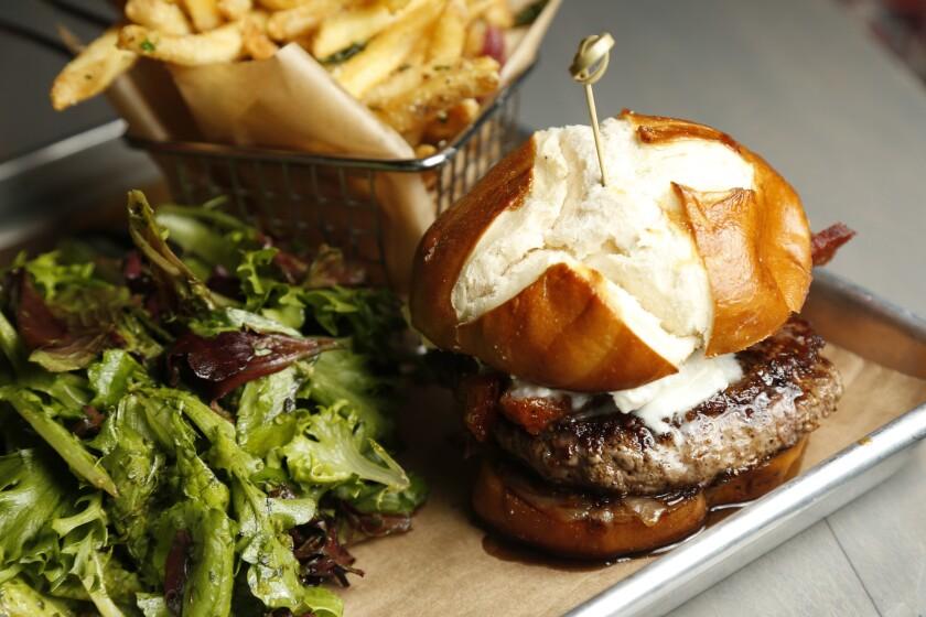 BlindDate10burger