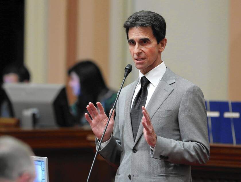 A proposal backed by state Sen. Mark Leno, above, that would require kill switches on smartphones is supported by consumer groups, law enforcement and city governments including L.A., San Francisco, Santa Ana, Oakland and San Diego.