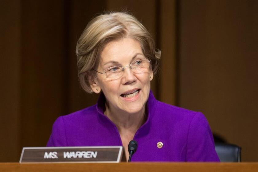 La senadora demócrata por Massachusetts, Elizabeth Warren, durante una conferencia. EFE/Archivo