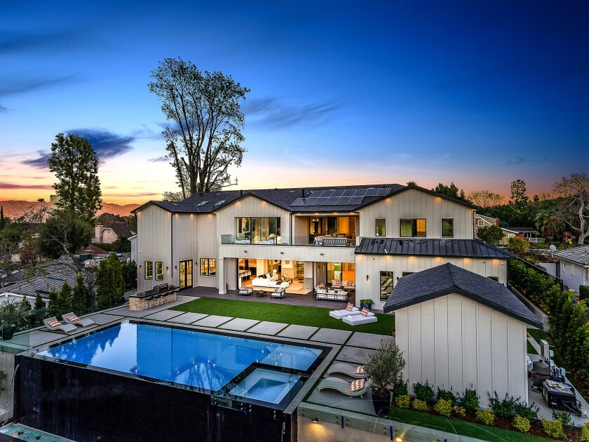 Home of the Week | In Encino, a feature-filled backyard is a cut above the rest