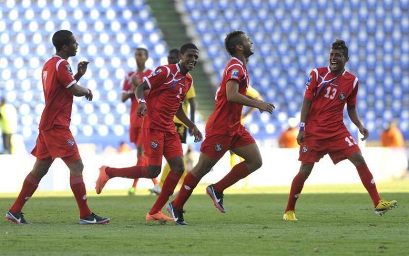 En la imagen, un registro de otra actuación de los jugadores de la selección de fútbol sub'20 de Panamá. EFE/Archivo