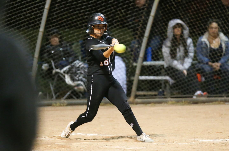 Photo Gallery: Huntington Beach vs. El Cajon Granite Hills in softball