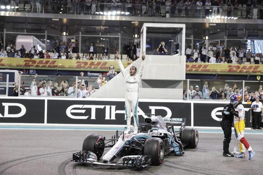 EL piloto británico de Fórmula Uno Lewis Hamilton, del equipo Mercedes AMG GP en Yas Marina Circuit en Abu Dabi. EFE/EPA