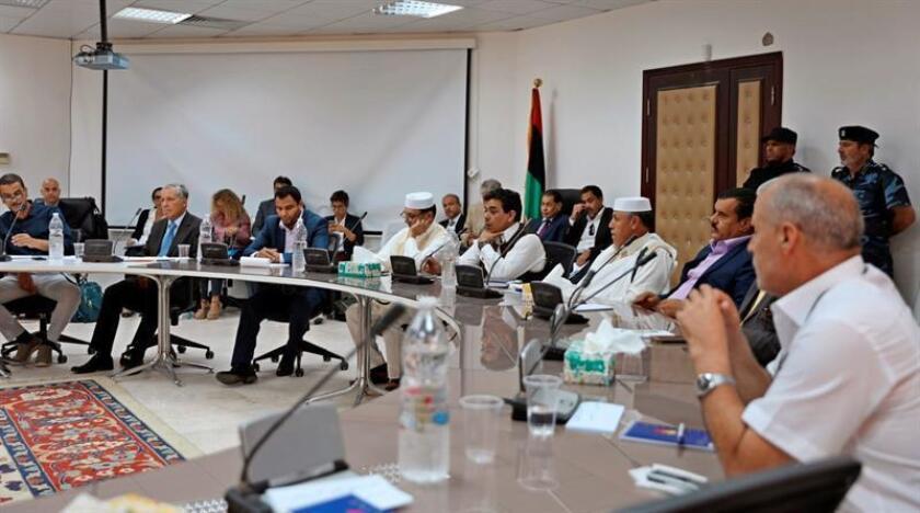 La misión de la ONU para Libia (UNSMIL) anunció hoy la firma de un alto el fuego permanente para poner fin a diez días de cruentos combates en Trípoli que han acabado con la vida de 61 personas y han obligado a miles a escapar. EFE/ONU/SOLO USO EDITORIAL
