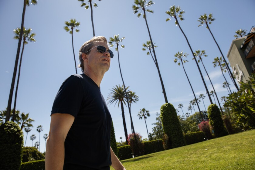 Berggruen during his near-daily walk for lunch at the Polo Lounge inside th