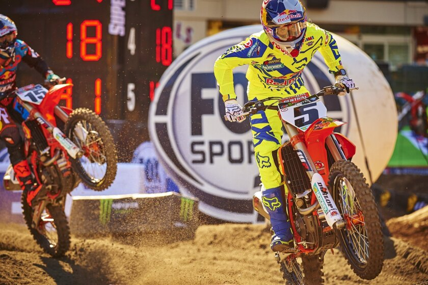 Ryan Dungey won the supercross race at Angel Stadium on Saturday night, stretching his lead in the standings to 11 points ahead of Ken Roczen.