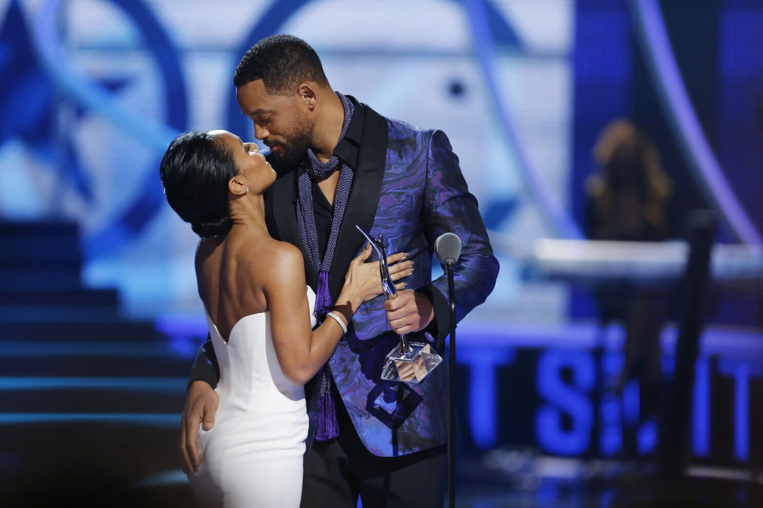 Will Smith pays tribute to Jada Pinkett Smith at BET s Black Girls