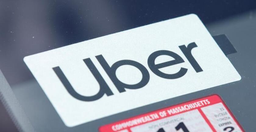 Costa Rica busca avanzar hacia la polémica regulación de Uber y Airbnb