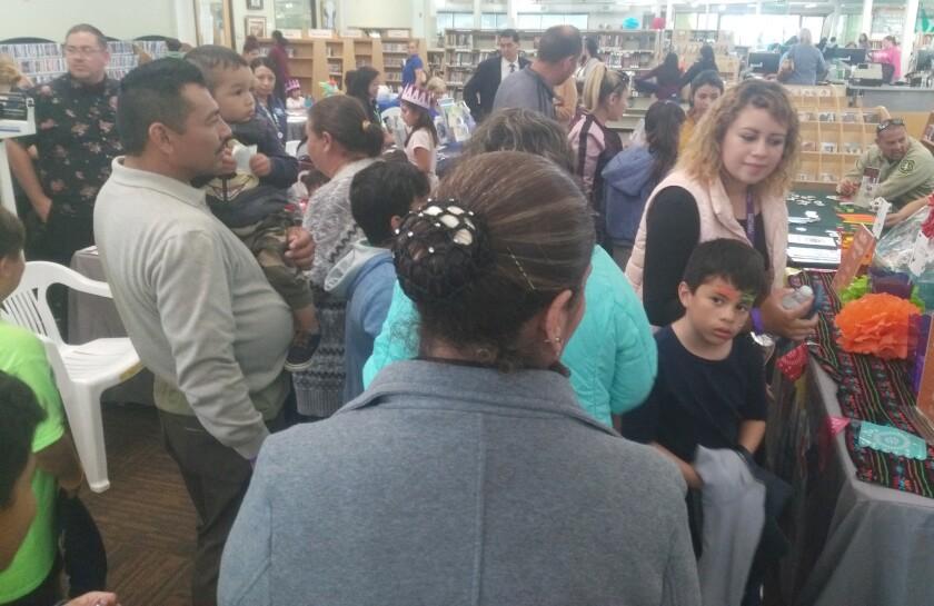 Copy - Crowd at Ramona Family Fiesta.jpg