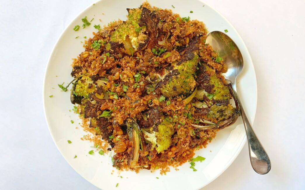 Roasted romanesco in a sauce of sardines, pine nuts, golden raisins and saffron.