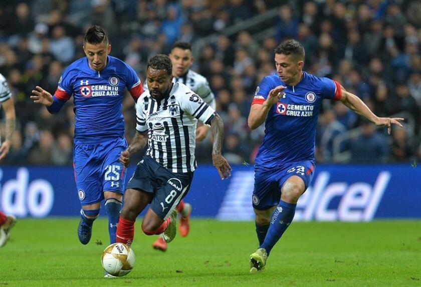 Cruz Azul recibe mañana al Monterrey en duelo que definirá su suerte