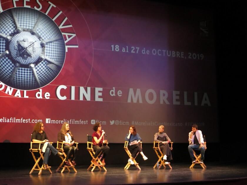 Cineastas en una conferencia de prensa sobre el corto documental El Día Después: Nosotras