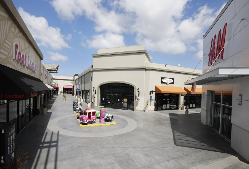 The Las Americas Premium Outlets are closed due to the new coronavirus on March 29, 2020.
