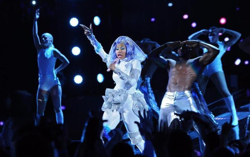 La cantante estadounidense Nicki Minaj anunció hoy que actuará en la fiesta de fin de año que organizará E11even Miami, un local nocturno de esta ciudad del sur de Florida en el que estaba previsto que actuará Jennifer López. EFE/ARCHIVO