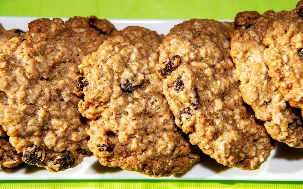 Oatmeal raisin cookies from Zooies.