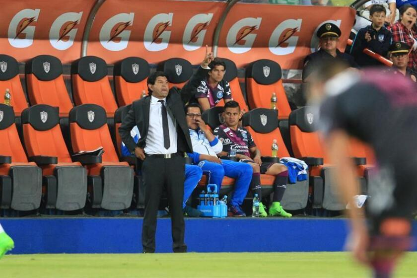 Puebla manager Jose Saturnino Cardozo watches the action during the 2017 Clausura tournament match against Pachuca on April 1, 2017, at Hidalgo Stadium in Pachuca, Mexico. EPA-EFE FILE/David Martinez Pelcastre