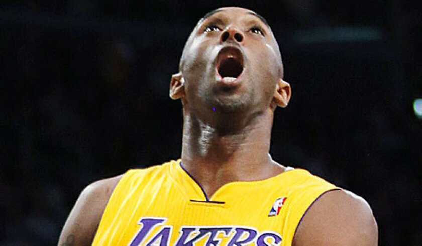 Kobe Bryant impressed with Grinnell College player's 138 points