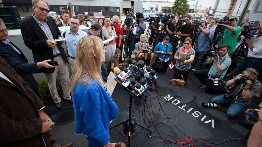 At an emotional press conference, Donna Frye and other former backers of Mayor Bob Filner call on him to resign at a news conference Thursday morning in Linda Vista.