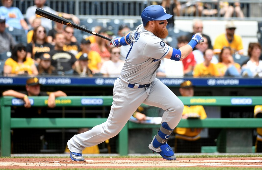 Dodgers third baseman Justin Turner hopes to return to the lineup before the end of the regular season.