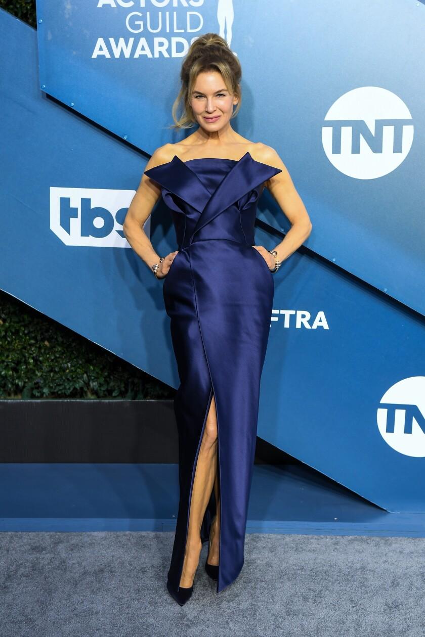 Renée Zellweger arrives at SAG Awards