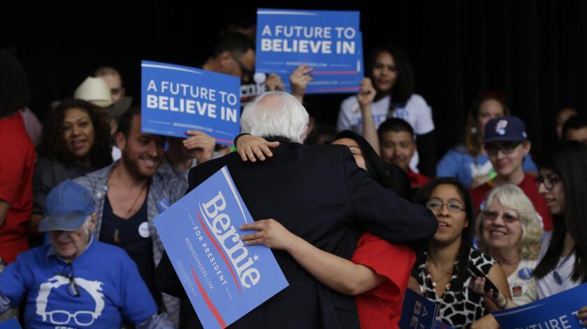 Aunque en Nevada Sanders quedo a seis puntos de la victoria frente a Clinton, la amenaza para la ex secretaria de Estado sigue, ya que en forma general hasta el momento Sanders tiene un porcentaje más amplio en los resultados en conjunto de los tres estados hasta ahora disputados.