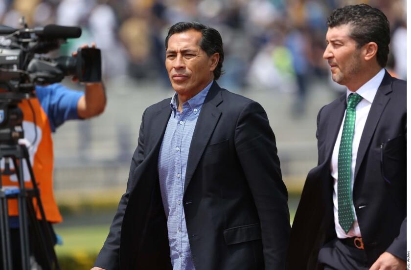 """Benjamín """"El Maestro"""" Galindo fue hospitalizado de emergencia en Guadalajara para ser sometido a una cirugía."""