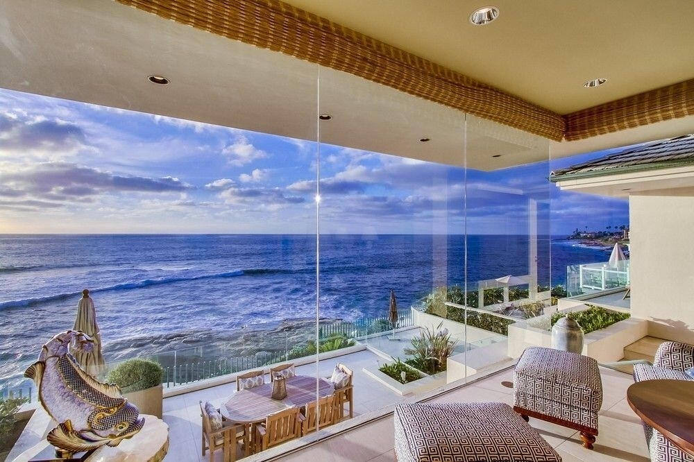 La Jolla continued to dominate the region's most expensive properties in 2016. The most expensive home beat out 2015's top seller (in La Jolla, of course) by $1 million. The five top sellers in '16 averaged 89 days on market before they sold. They averaged 6 bedrooms and 8 bathrooms.