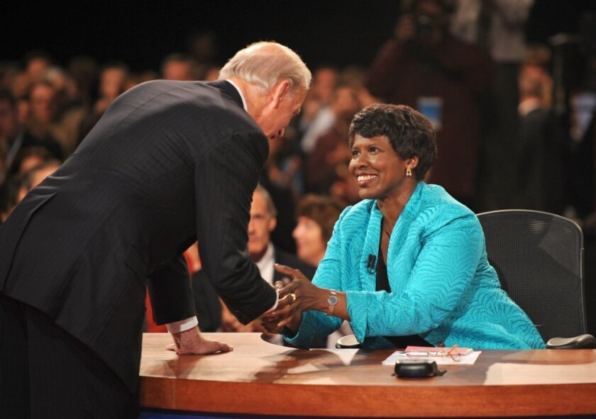 Gwen Ifill with then-Democratic vice presidential nominee, Sen. Joe Biden, at the end of the 2008 vice presidential debate.