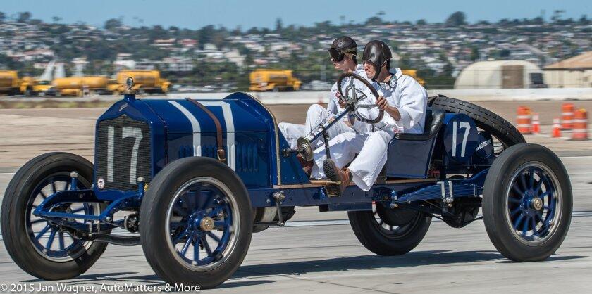 Driver & riding mechanic