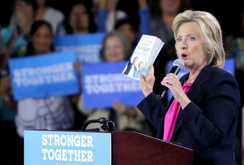 El demócrata de mayor rango en la Comisión de Supervisión de la Cámara de Representantes publicó el miércoles un intercambio a través de correo electrónico de 2009 en el que el ex secretario de Estado Colin Powell aconsejó aHillary Clinton sobre el uso de correo electrónico personal.