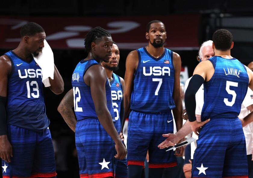 Les hommes sont marginalisés dans les maillots américains.