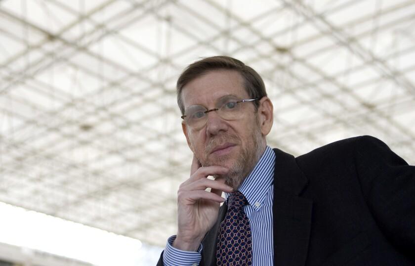 大卫·A·凯斯勒医生在1990年至1997年期间担任美国食品药品管理局局长。