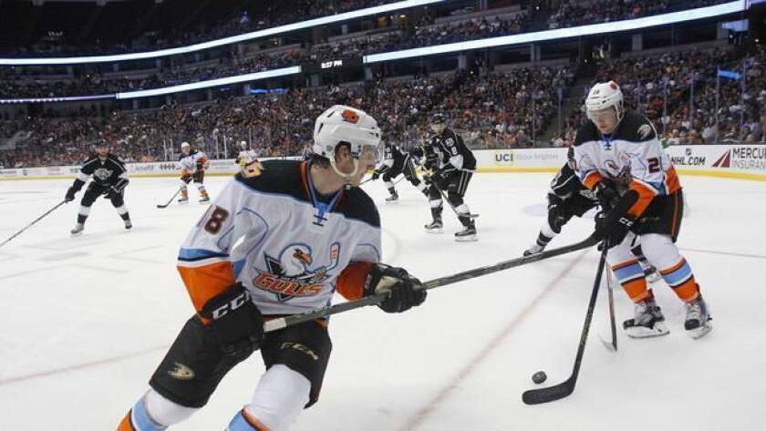 pac-sddsd-hockey-season-returns-to-san-d-20160820