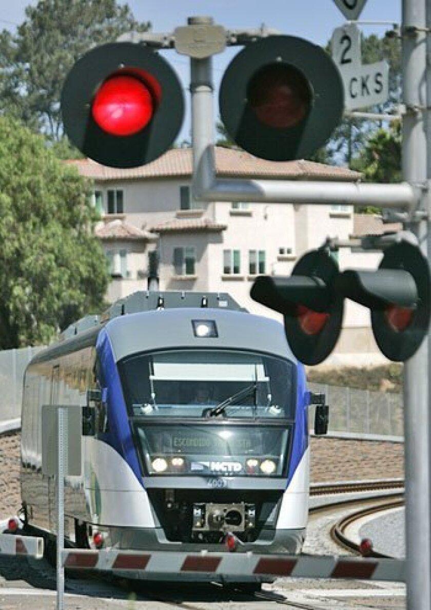 Train's horn has locals sounding off - The San Diego Union-Tribune