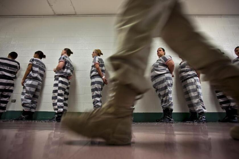 Reclusas en una cárcel de EE.UU. EFE/Jim Scalzo/Archivo