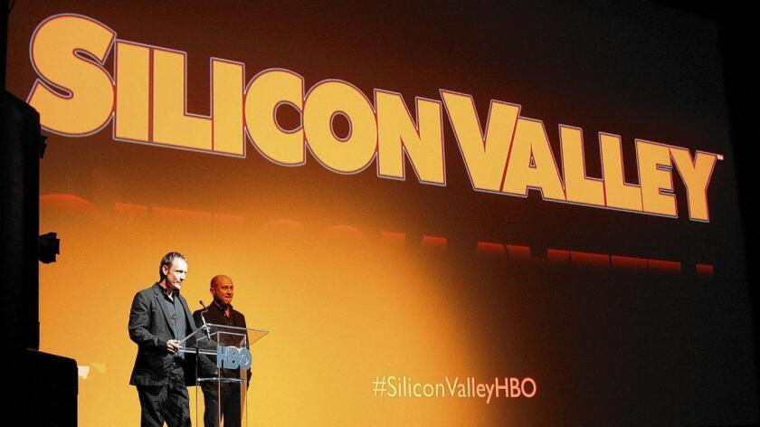 El propio cofundador de Google, Sergey Brin, aconsejó hace unos días a los que tengan espíritu emprendedor lanzar sus empresas emergentes (start-ups) en otros lugares del mundo y trasladarse a Silicon Valley cuando sus negocios estén más asentados y busquen proyección internacional.