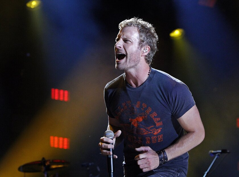 Dierks Bentley makes emotional stop in San Diego - The San
